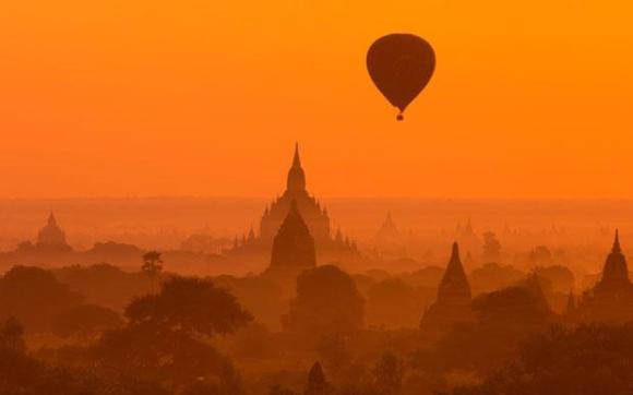 "Balloon over Bagan...picture ""borrowed"" from The Telegraph in the UK"
